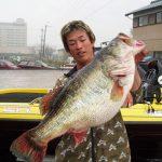 ブラックバス世界新記録 73.5cm (10.12kg)  (栗田学) 9