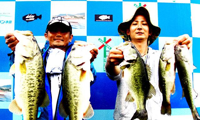 琵琶湖バスフィッシングガイドリポート ~清水様 DAY 2~ 40cm 24