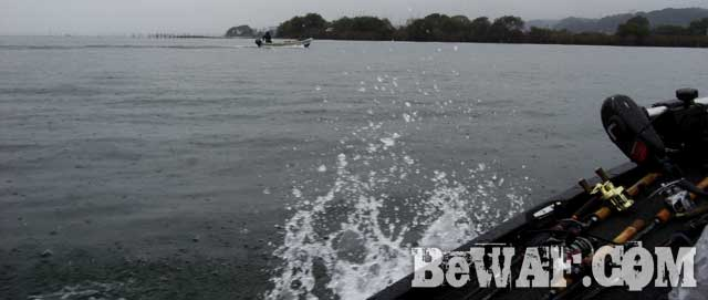 biwako-bass-fishing-guide-aki-boat-point-22