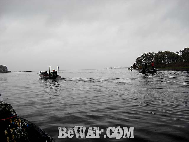 biwako-bass-fishing-guide-aki-boat-point-4