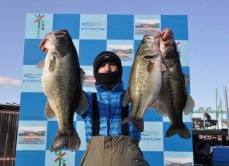 tweet釣果:ヘビダンで59cmx53cmx52cm!! (琵琶湖)