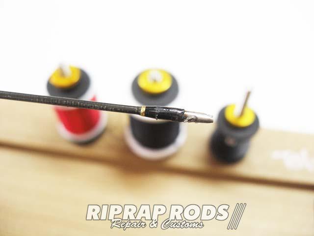 テムジン スカイスクレイパー のトップガイド修理交換 写真