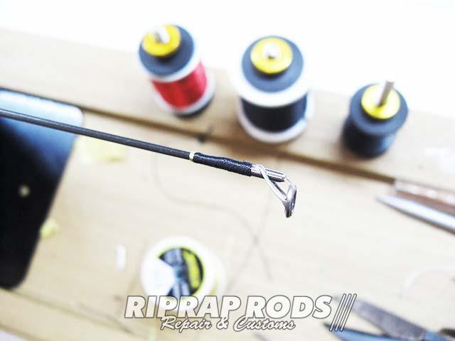テムジン スカイスクレイパー のトップガイド修理交換 スレッド巻き写真