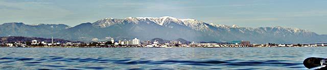 3月12日 琵琶湖へ ボート整備に苦労する 写真