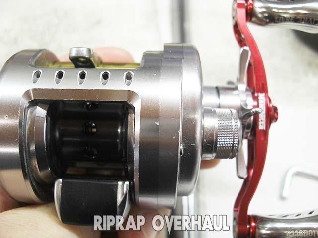 シマノ カルカッコンクエストDC 200 修理写真