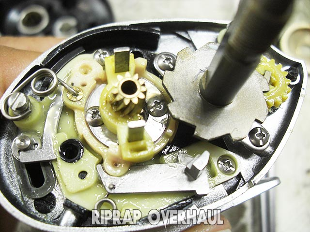 00 メタニウムmg オーバーホール修理写真