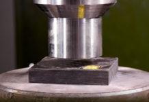 カーボン 油圧プレスする実験 写真