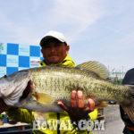 琵琶湖 60cm捕獲写真 2018年4月22日
