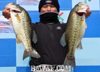 琵琶湖湖上へ (3月26日) 棒野郎が48cm50cm