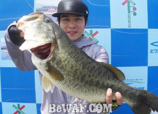 琵琶湖バスフィッシングガイドリポート ~船木様~ 58cm