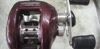初代メタニウム 赤メタ リールメンテナンス修理写真