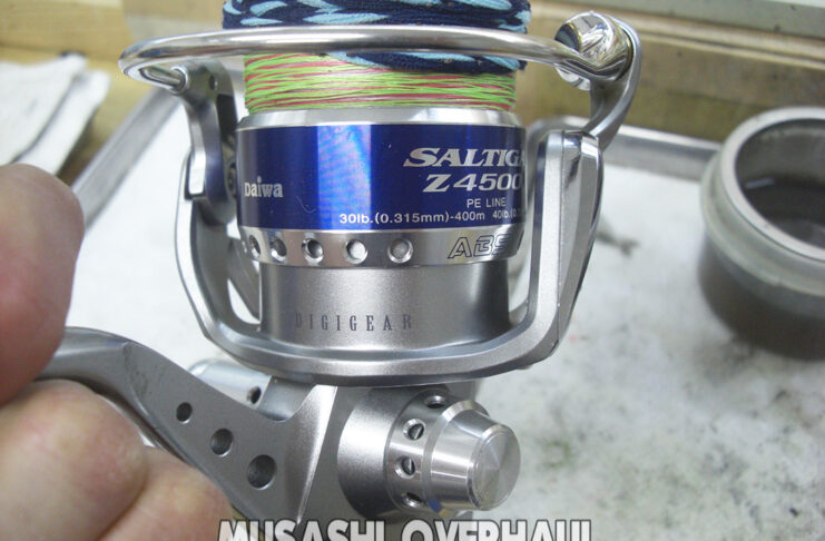 ダイワ ソルティガ Z4500 オーバーホール メンテナンス写真