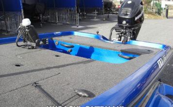 マーキュリー EFI 30HP馬力 船外機インペラー交換写真