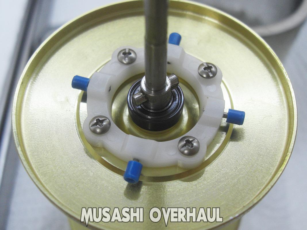 シマノ 07 海魂 4000T 電池交換写真