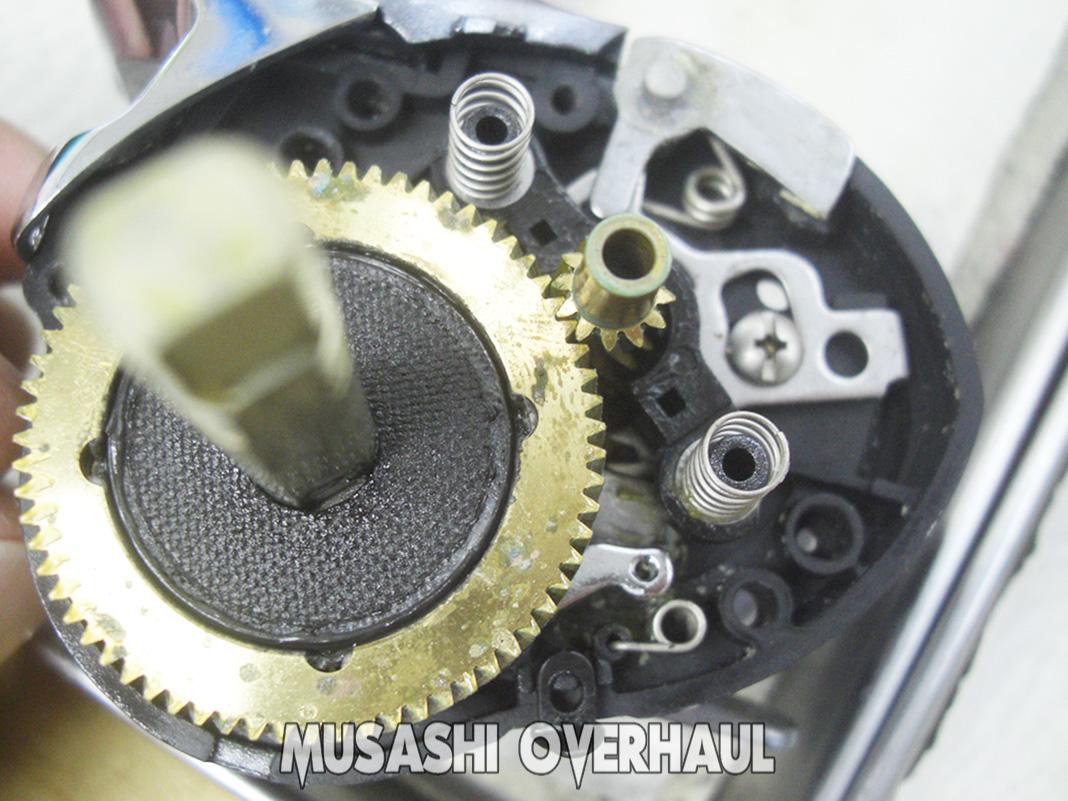 ダイワ 紅牙 ICS 103 メンテナンス修理写真
